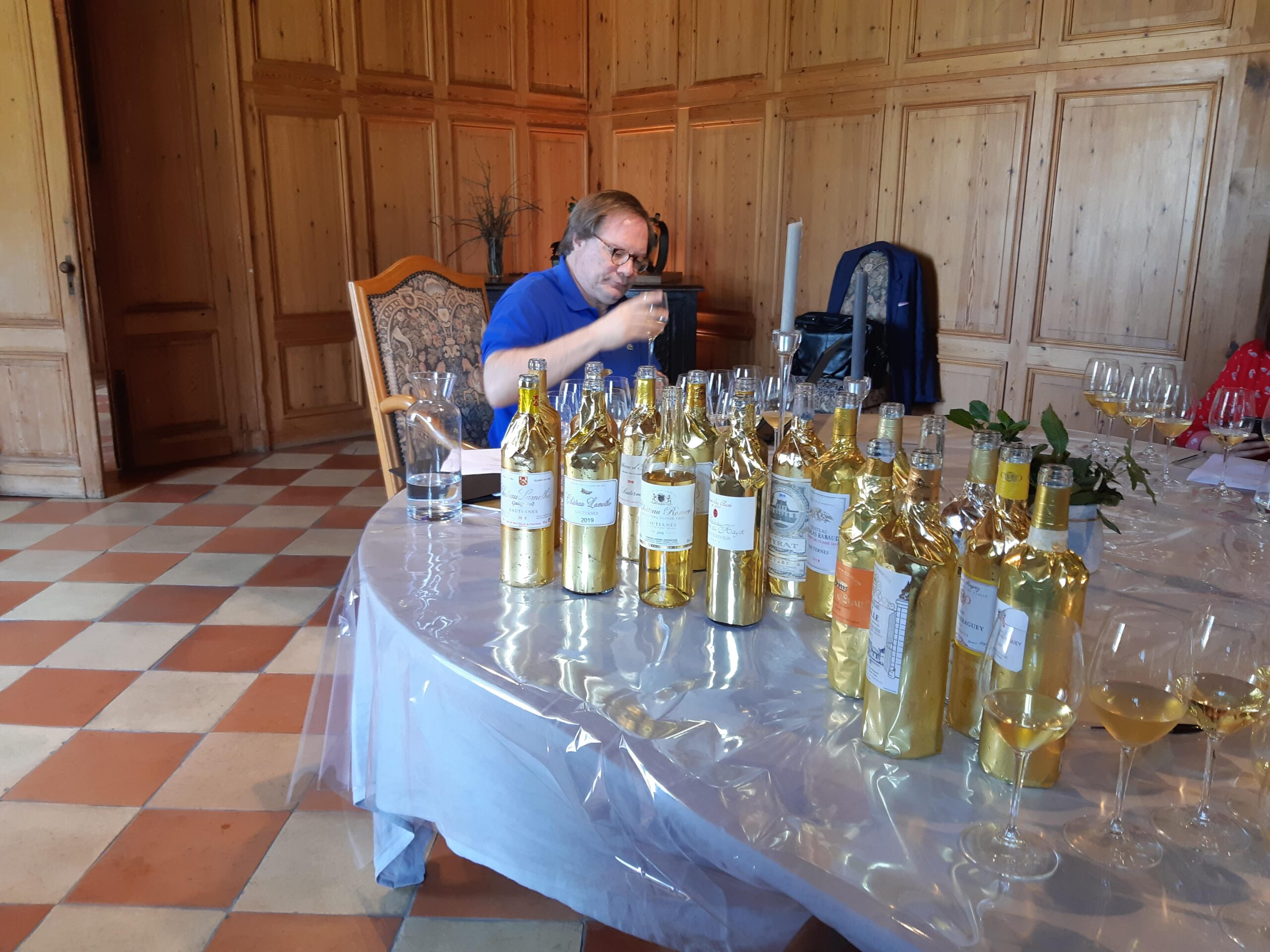 A-long-day-of-tasting-the-ebst-in-Sauternes-2019-min-scaled-1-1-1-1