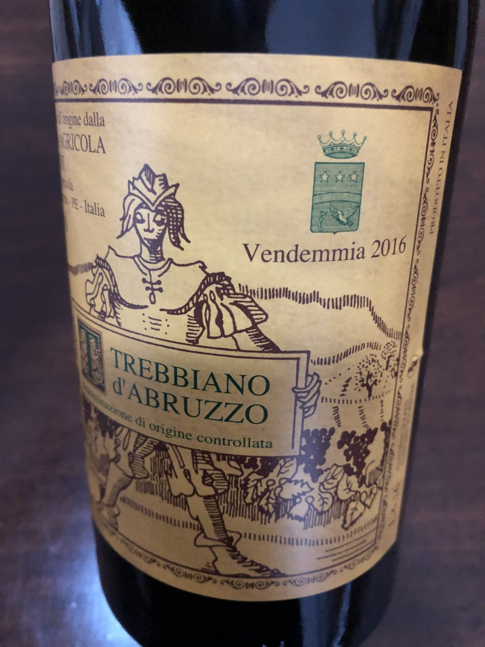 Valentini-once-again-made-a-stellar-Trebbiano-dAbruzzo-wine-oneof-Italys-longest-lived-white-wines-1-2-1-1-1-1-1